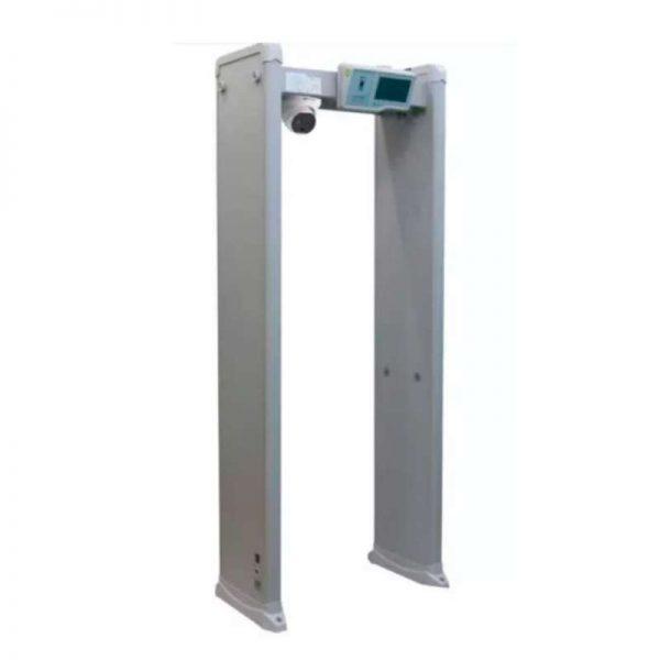 Arco detector de metales con càmara termográfica para detección de fiebre